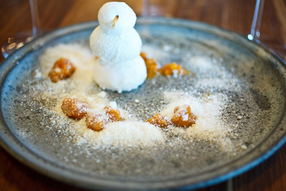 Noma - The snowman from Jukkasjärvi; Cloudberries and wild thyme