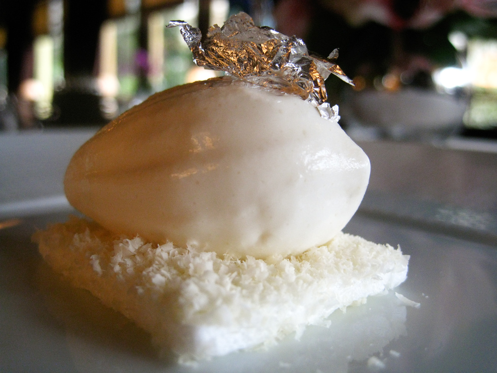 Ledoyen - Blanc manger d'oeuf � la levure