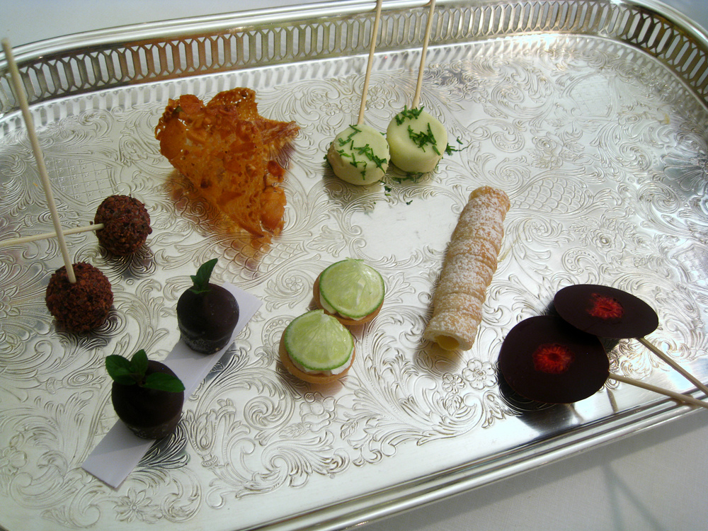 Il Canto - Petits Fours