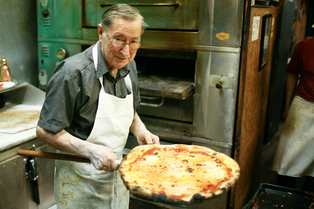 Di Fara - Round Pizza Comes Out of the Oven
