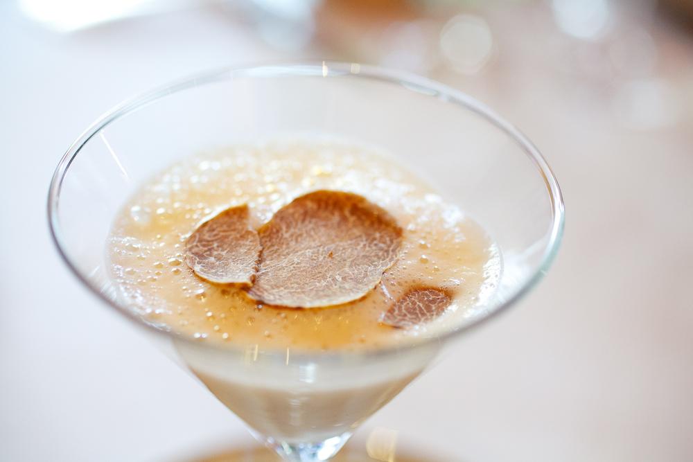 Celariac velouté, white truffle