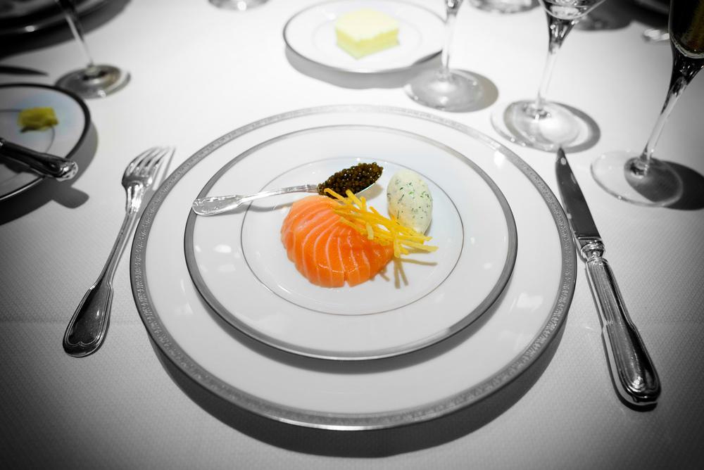 Saumon fumé au caviar