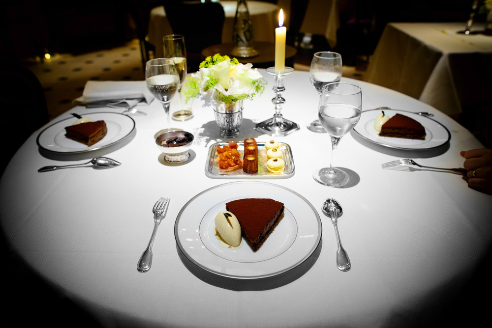 Tarte fine sablée au cacao, glade à la vanilla Bourbon (Flourl