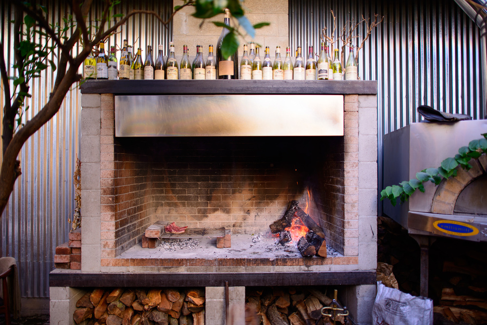 Wood-burning oven