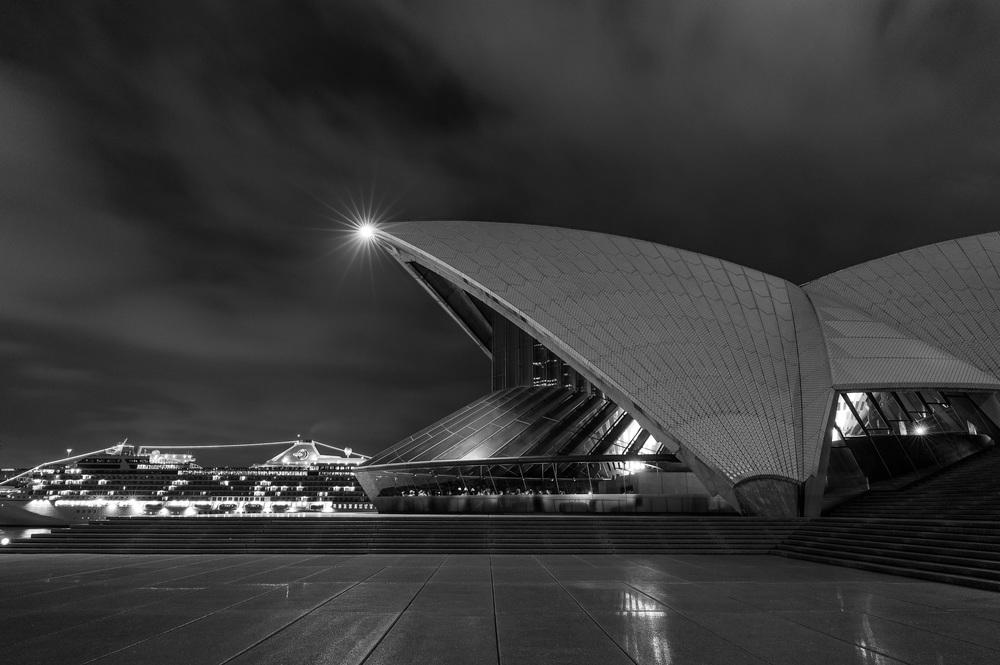 Sydney Opera House, Profile, Black and White, 2013