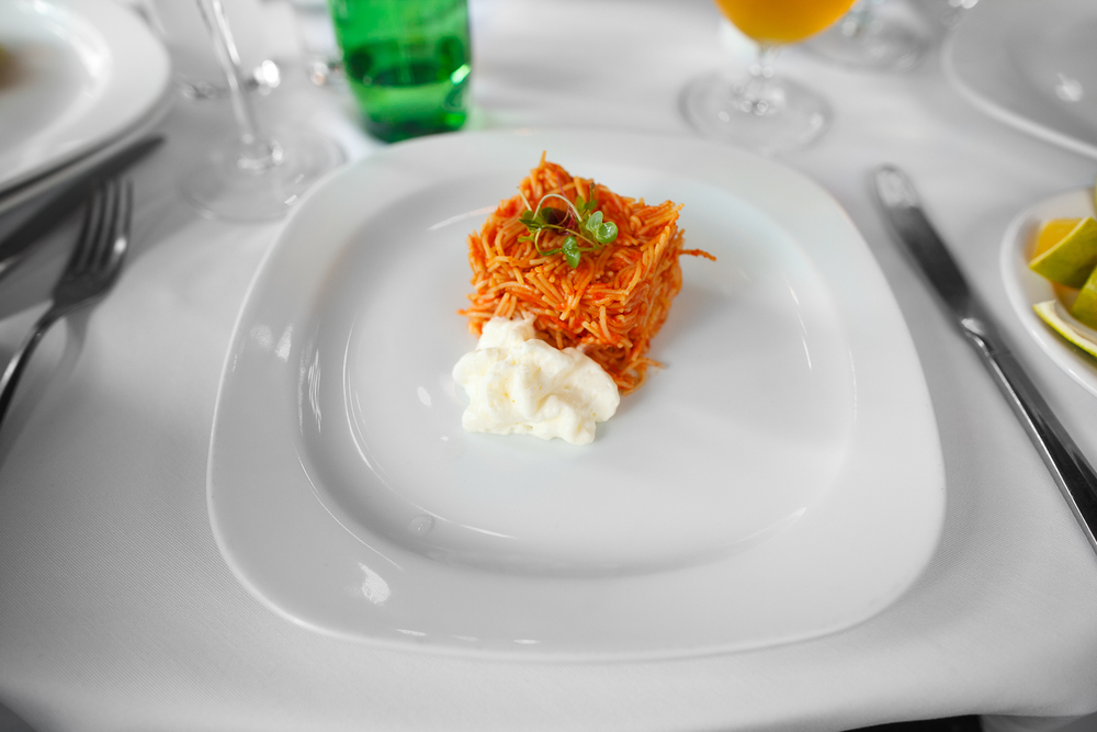 Fideo seco, con espuma de queso añejo y cremoso de aguacate (dried noodles with aged cheese foam and an avocado cream) (65 MXP)