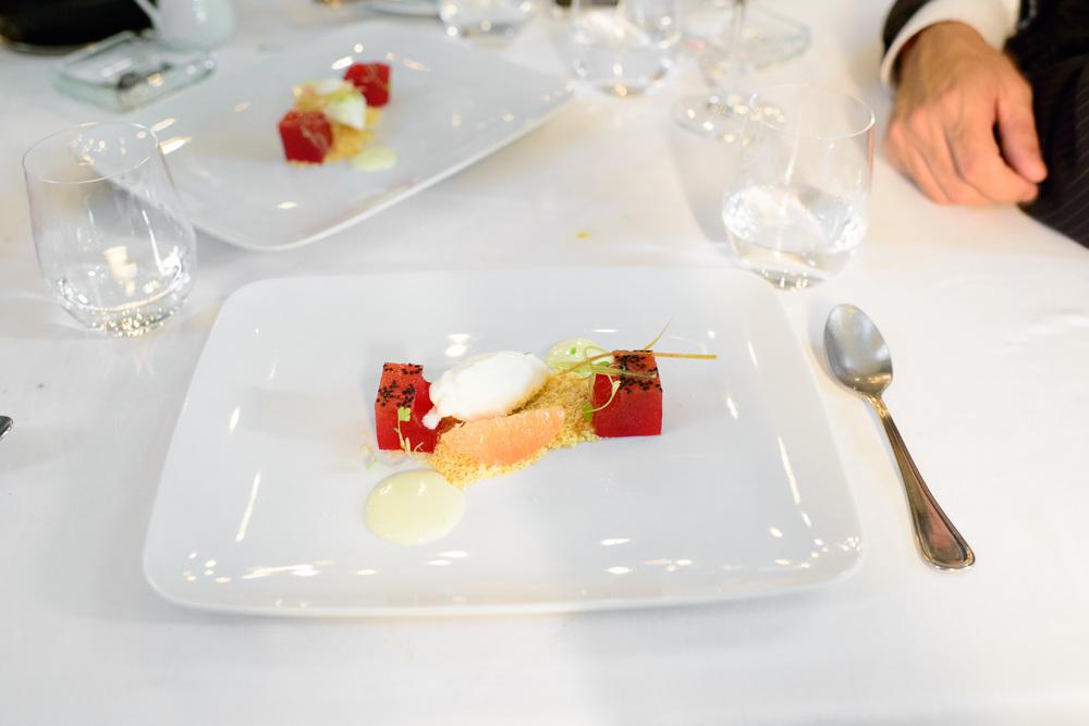 Pitaya gelée, grapefruit, lemon, peanut, vanilla