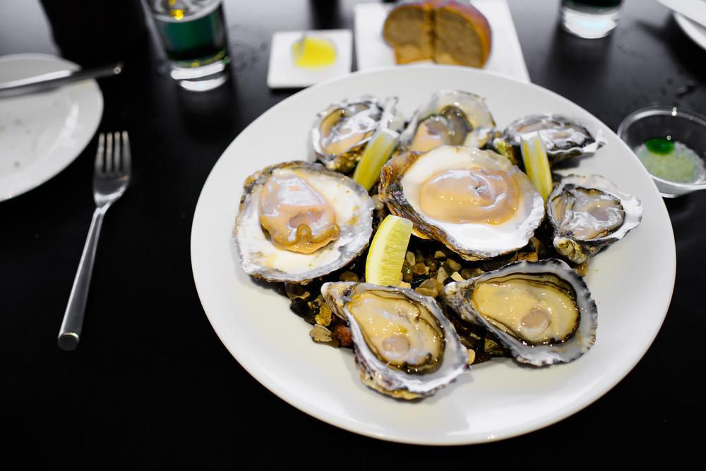Oysters - Limfjorden (Danish), Marennes spéciales (France), Bre