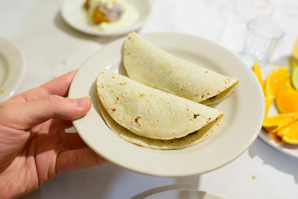 Taquito de chile pasilla rellena (Stuffed chile taco)