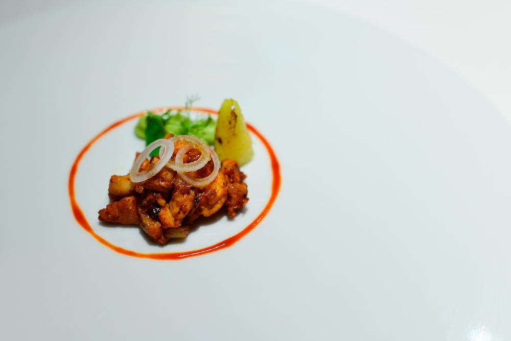 """3rd Course: Taco de pescado al pastor, """"tortilla"""" de maíz, guac"""