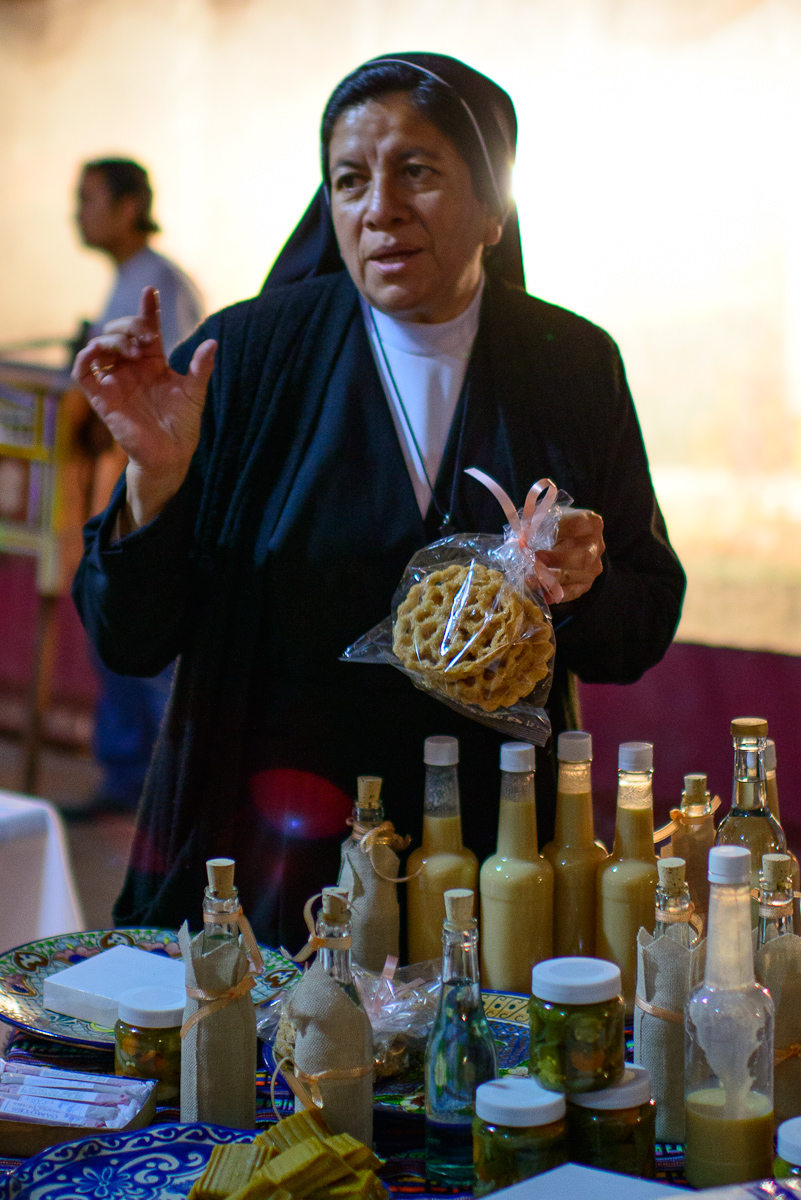 Nun from Santa Clara selling buñuelos