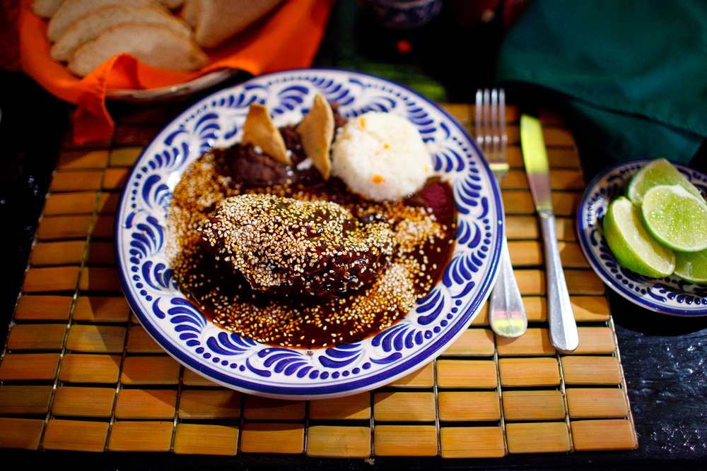 El platillo nacional de México. Mole poblano con pechuga de pollo (The national dish of Mexico. Pueblan mole with chicken breast) ($120 MXP)
