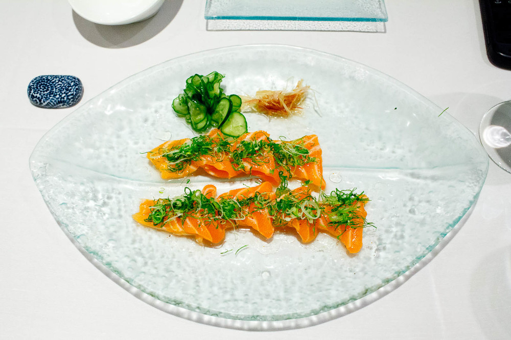 Salmon citrus - lightly cured fresh Scottish salmon with cilantr