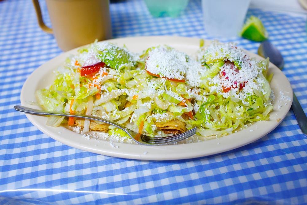 Tacos dorados (crispy folded tacos) (17 MXP / taco)