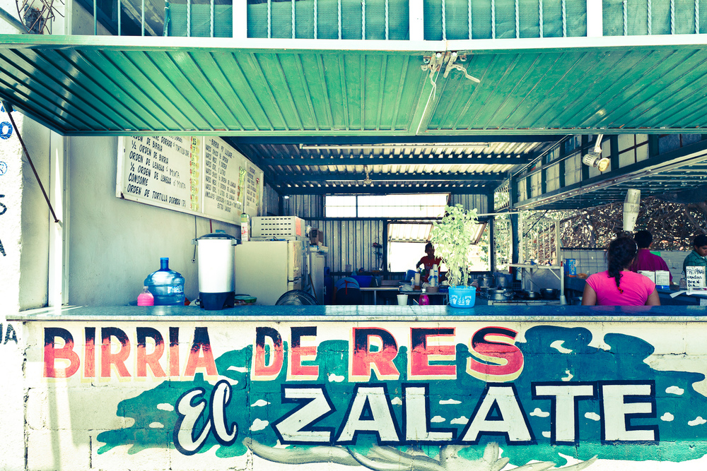 "Birria ""El Zalate"""