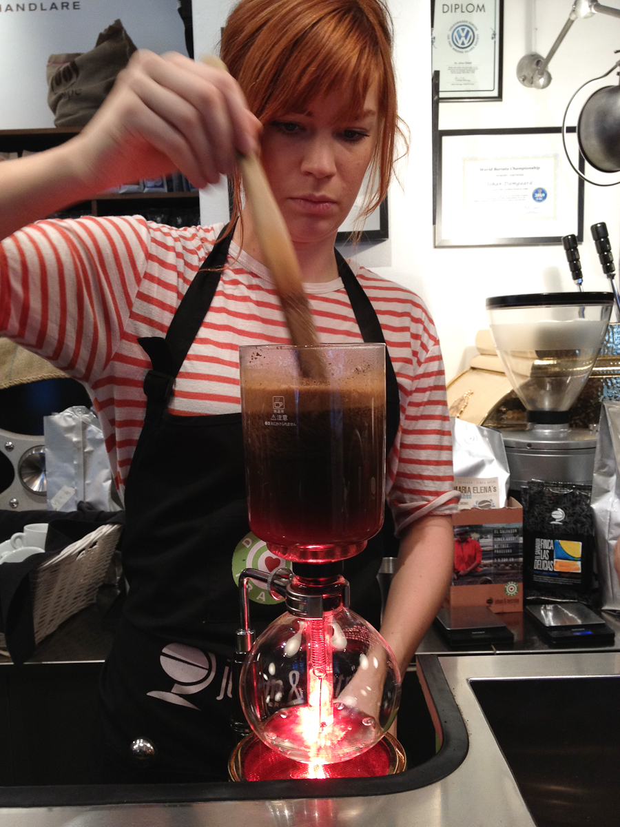 Barista Amanda Hägglund on the Siphon