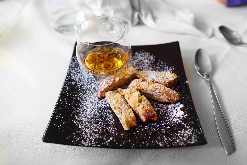Cantuccini alle Mandorle con Vin Santo - small biscotti with vin santo g