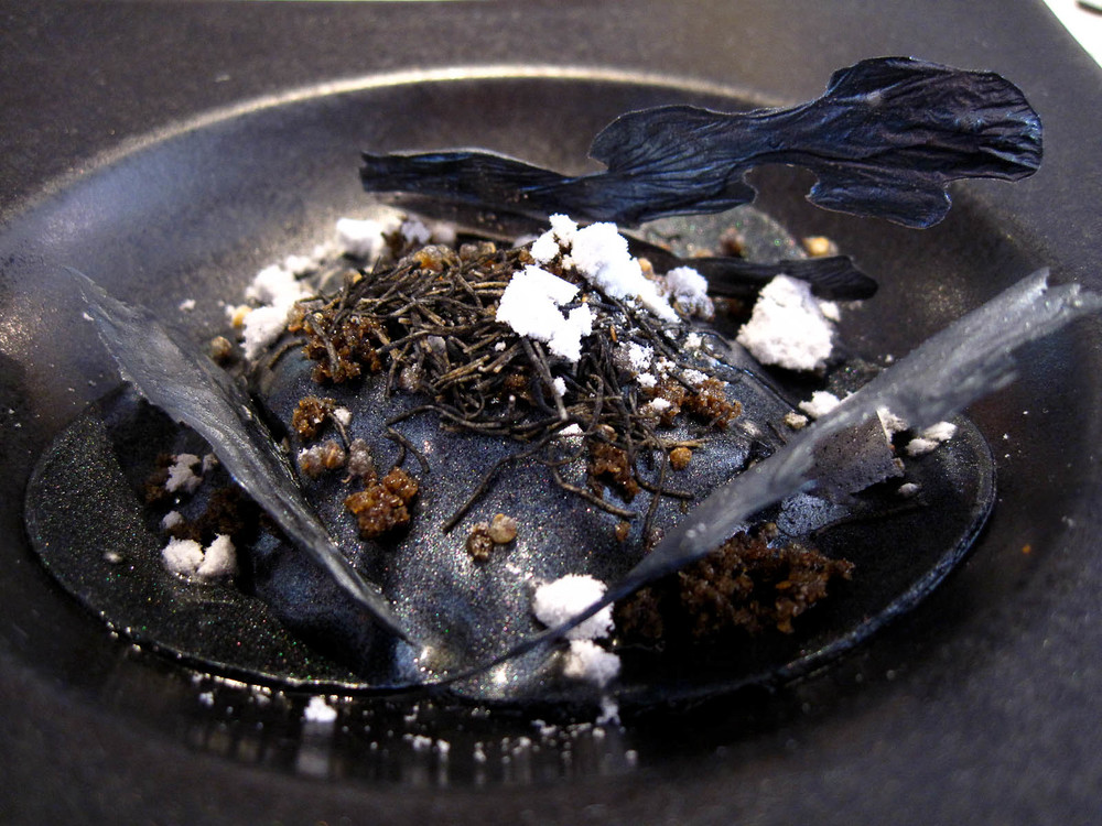 8th Course: Ashes. Mushrooms in ash.
