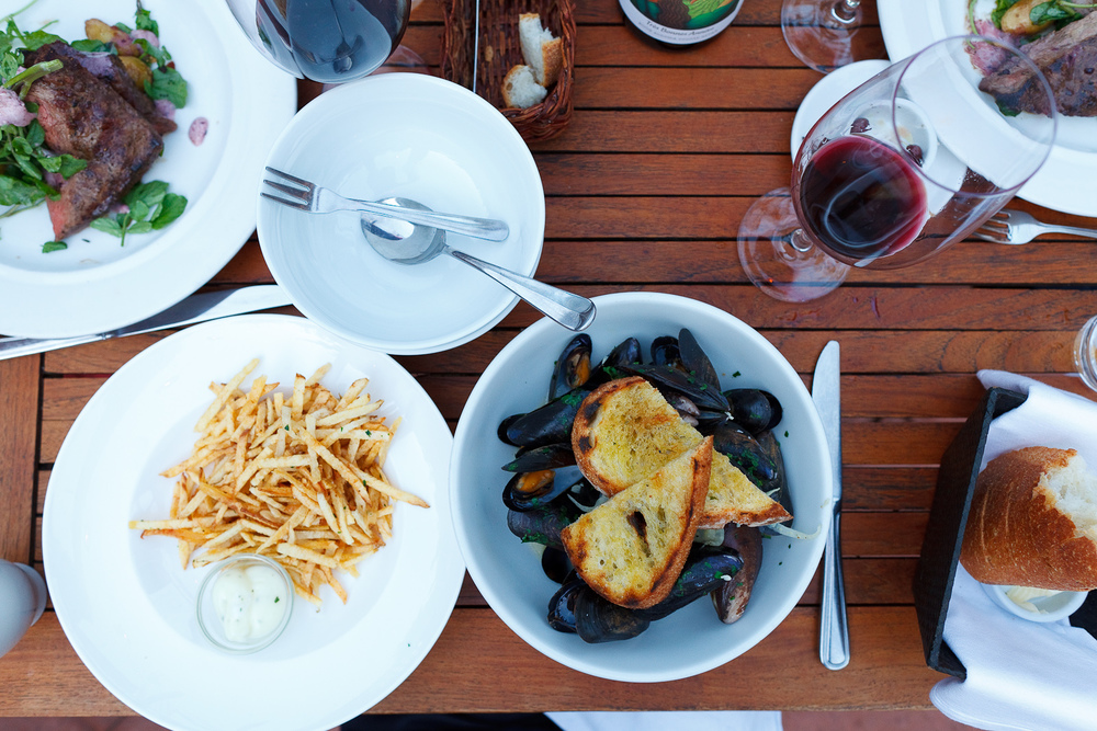 Pastis-scented steamed mussels & frites. garlic, leeks, herbs, grilled bread. full pound 20 half pound ($15)
