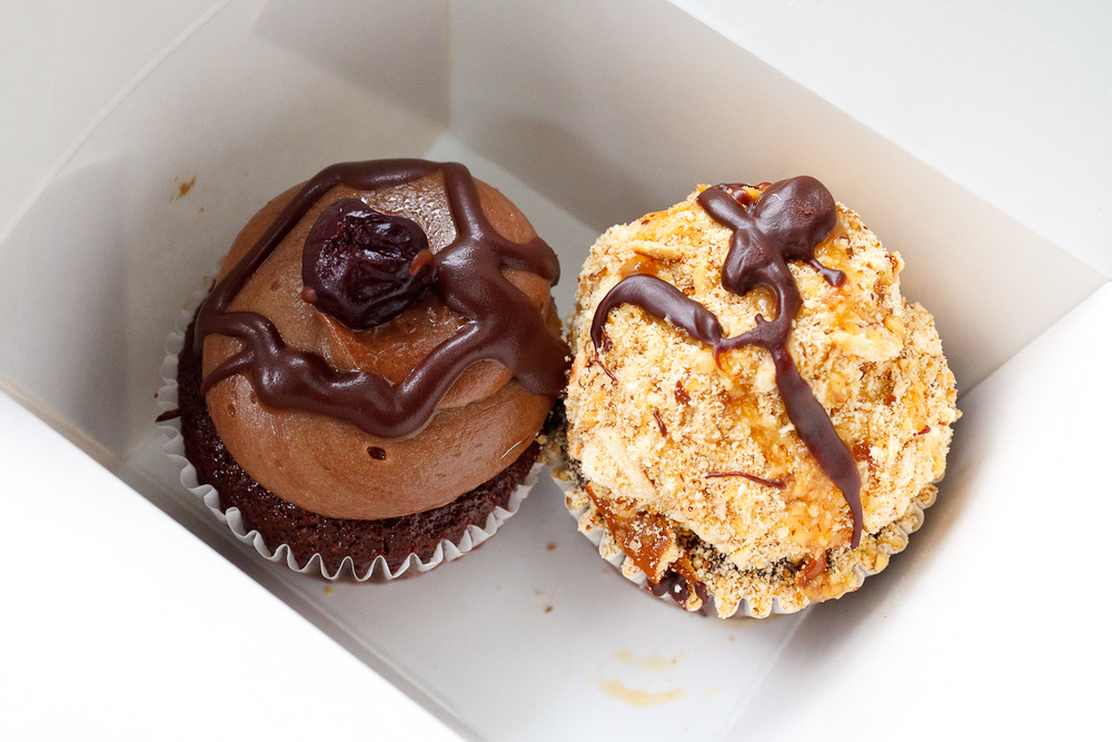 Cupcakes from Robicelli's, Chocolate Cheerwine + Chocolate Caramel Pretzel ($3.50)