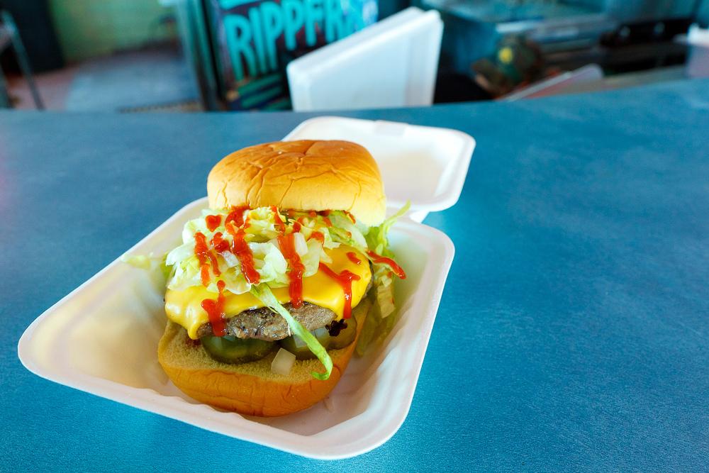 Cheeseburger ($6)