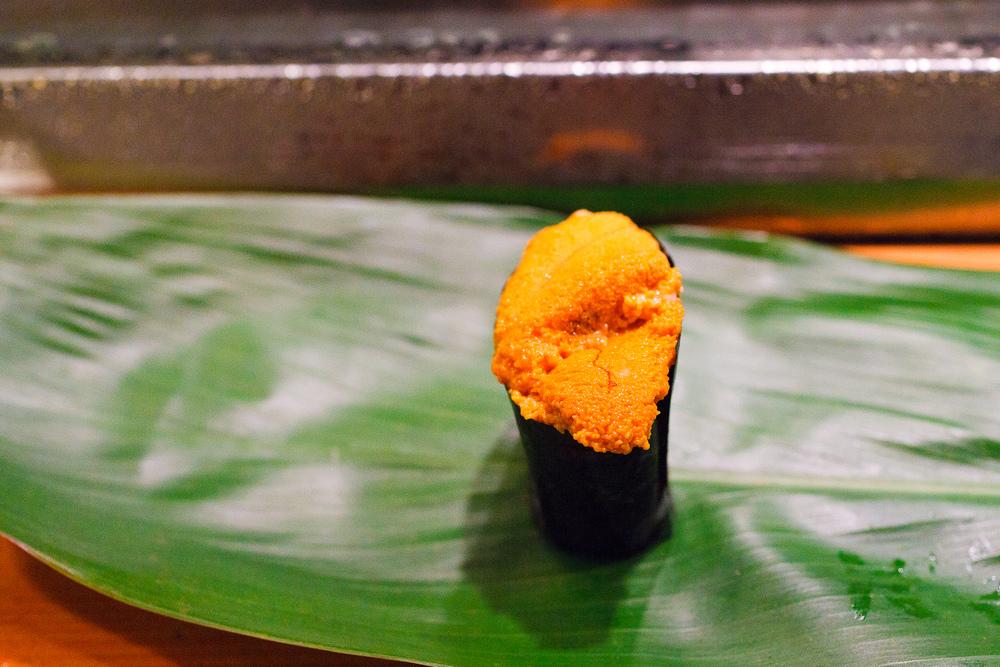 Uni sushi ($9)
