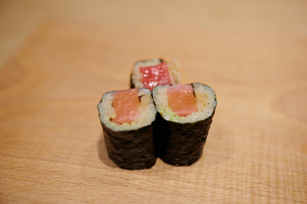 Toro maki (fatty tuna roll)