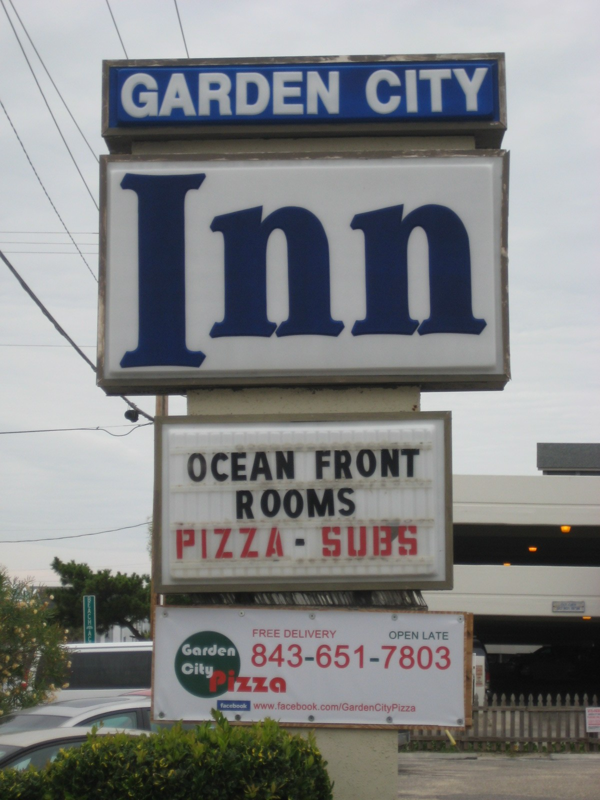 we are at the small but well located garden city inn this is an inn with directly bordering the ocean in addition to having a pool and a deck - Garden City Inn