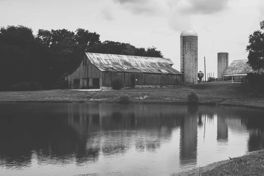 This barn was my favorite, right by the pond