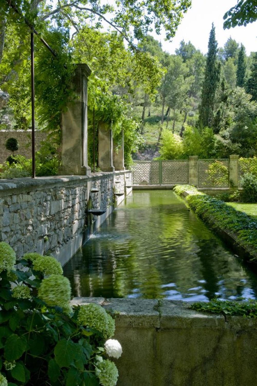 Abbaye Sainte-Marie de Pierredon, Provence