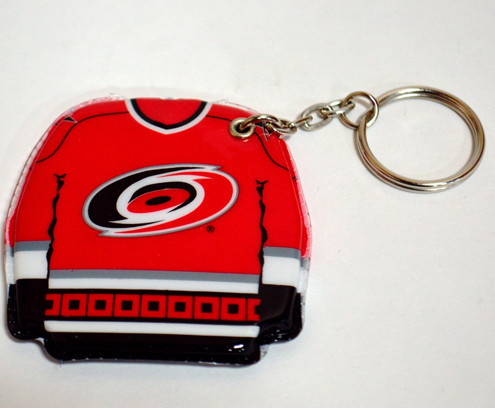 607 Carolina Hurricanes Lighted Key Chain.jpg