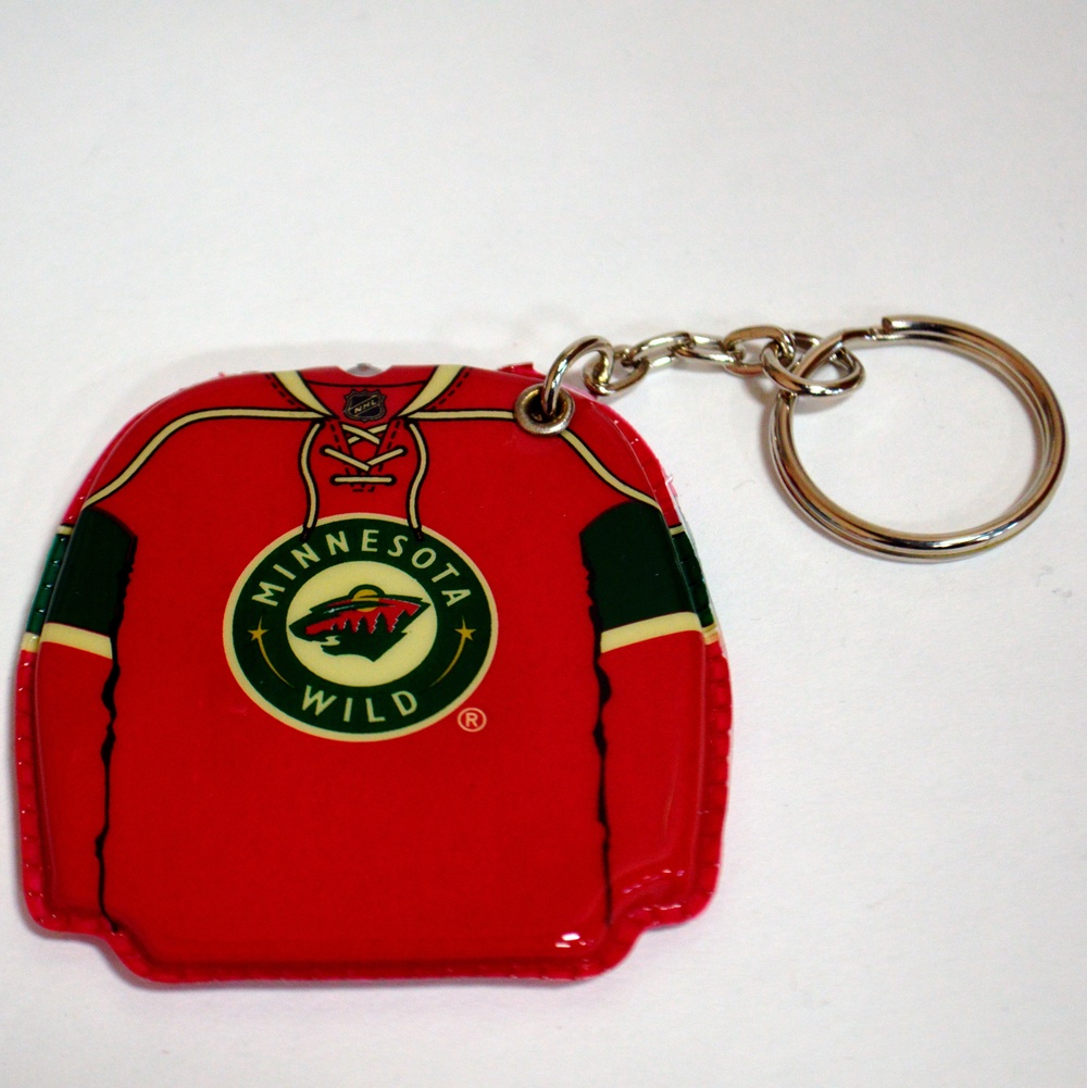 609 Minnesota Wild Lighted Key Chain.jpg