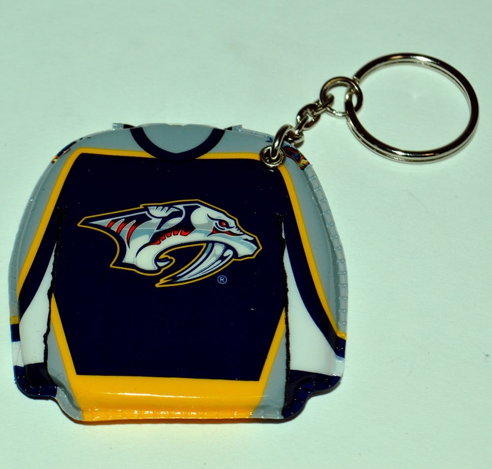 617 Nashville Predators Lighted Key Chain.jpg