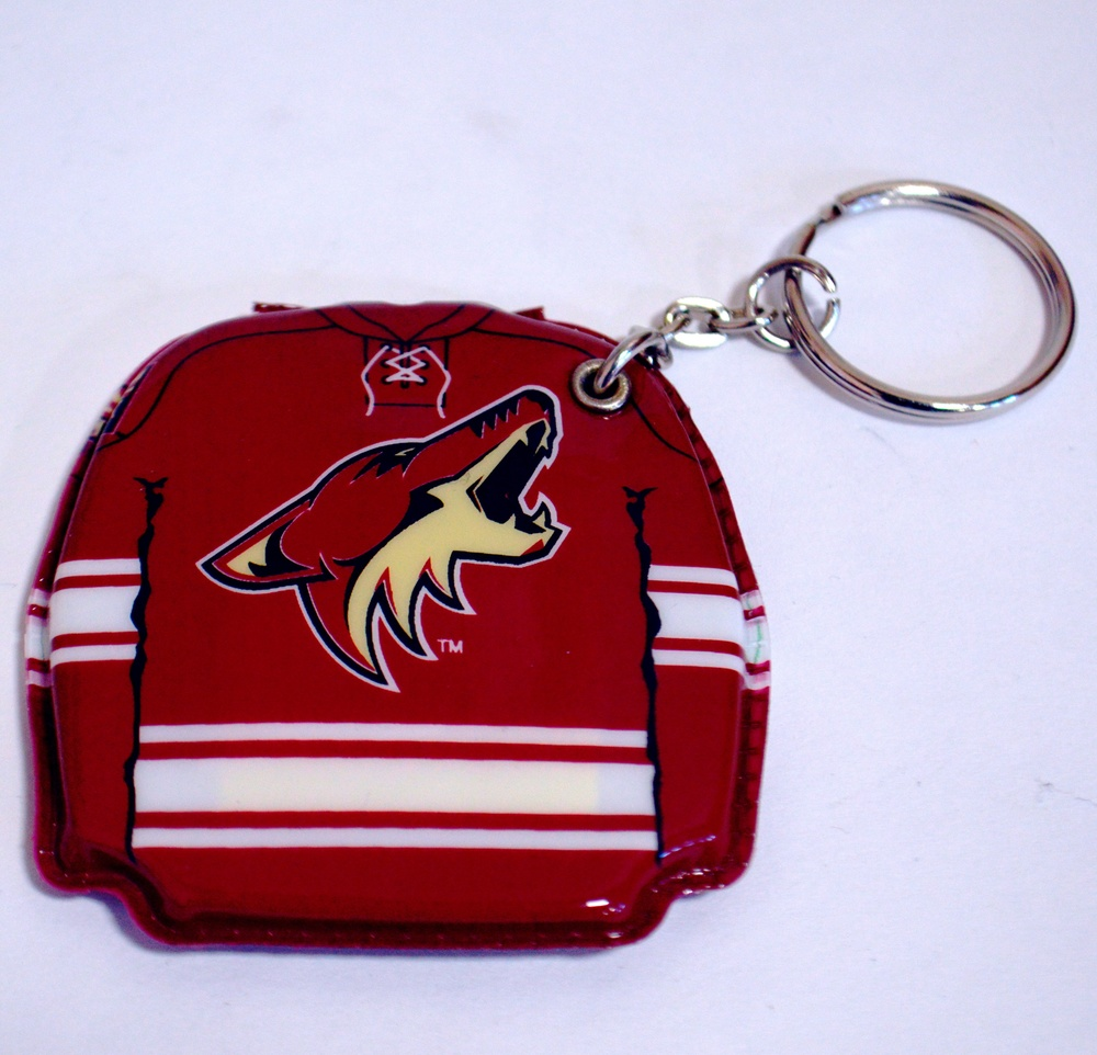 631 Phoenix Coyotes Lighted Key Chain.jpg