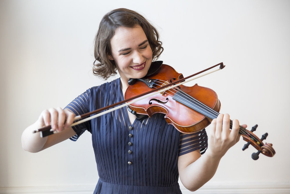 sarah hamilton, fiddle player in Toronto