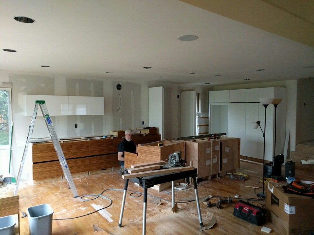 The kitchen starting to come together...