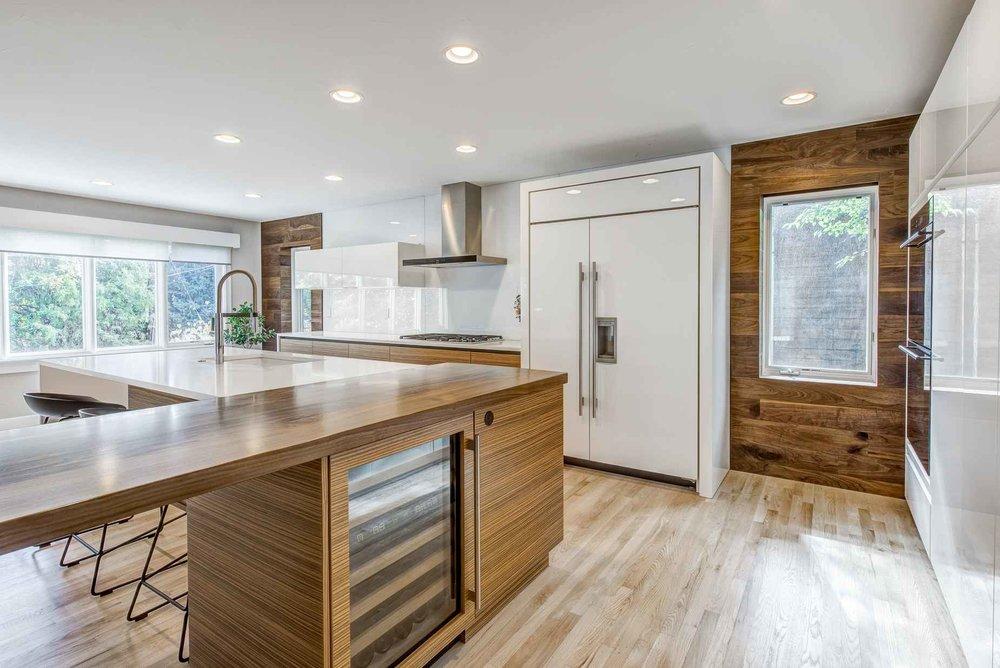 minimal — sanctuary kitchen and bath design-3.jpg