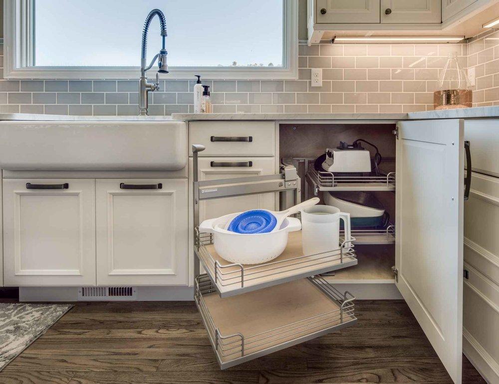 classic white — sanctuary kitchen and bath design-6.jpg