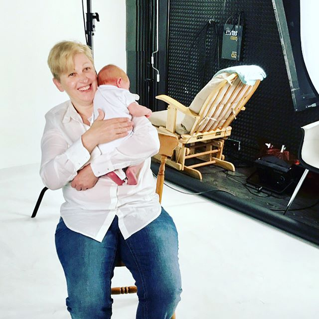 Slide for more pics of production in London! ▶️ Sarah & Baby Hunter were absolute stars in making filming for the prototype of our app possible - thank you from the bottom of our hearts to our first Mother & Baby team!  We'll be sharing updates of the #motherbabyproject via our blog (see our bio) where you can also join our community for updates and future opportunities to be involved! Our #Instagram will also reveal snippets of images and videos to guide parents and support health professionals. From #sanfrancisco🌉 to #cowarumup🐄 in #westernaustralia🏄🏼‍♀️ to #london🇬🇧- stay tuned! 🤗