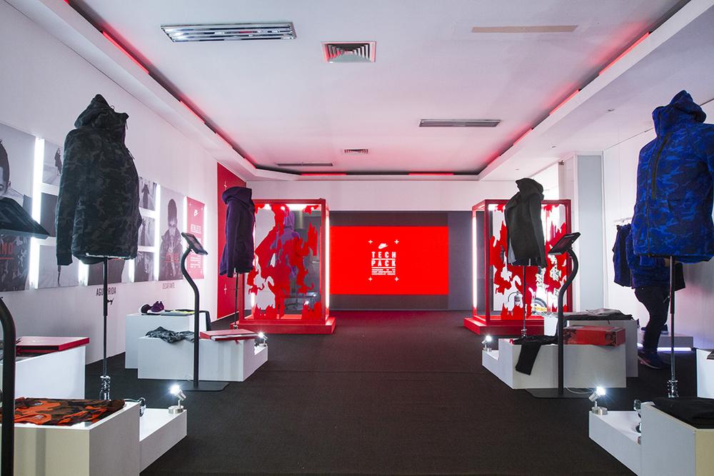 Nike_TechPack039.jpg