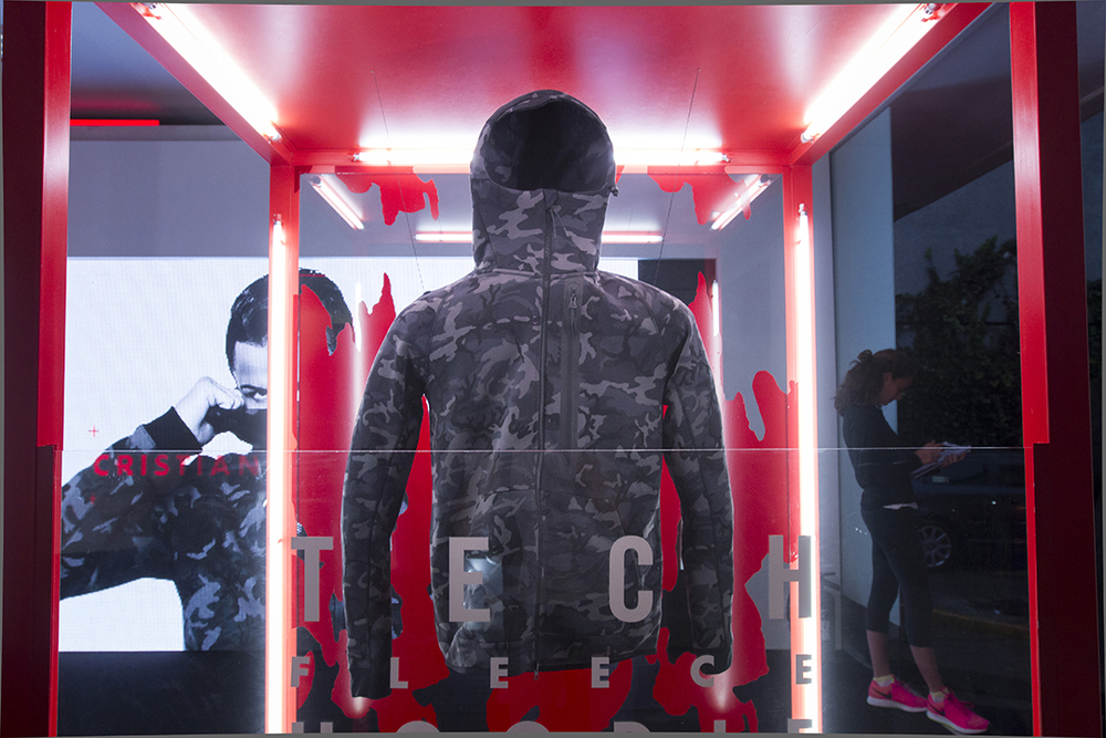Nike_TechPack059.jpg