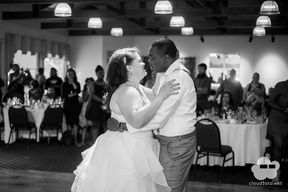 Randall Oaks Wedding-1049.jpg