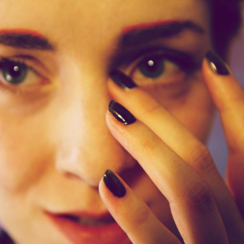 eyebrows_www.mademoiselleeuge.com.jpg