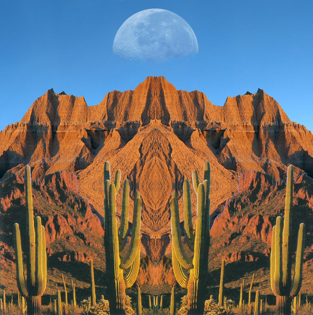 DesertMoon1.jpg