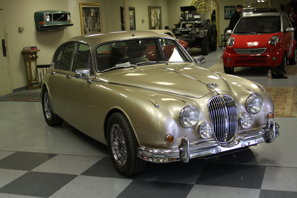 Jaguar MKII Be  acham