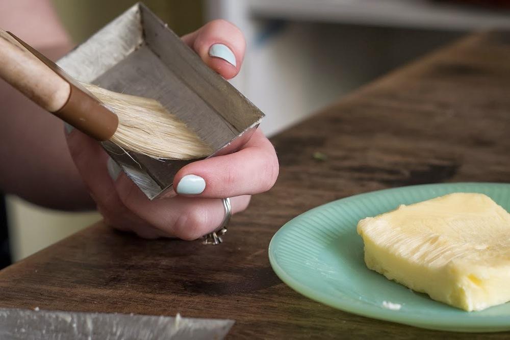 Butter, Pastry brush