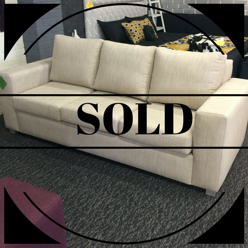 $2,985 Style: Studio Sofabed