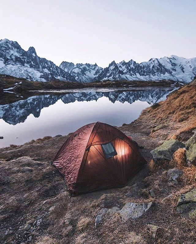 If it's pretty enough, it's cozy enough. // photo by @janppeter #greatnorthcollective