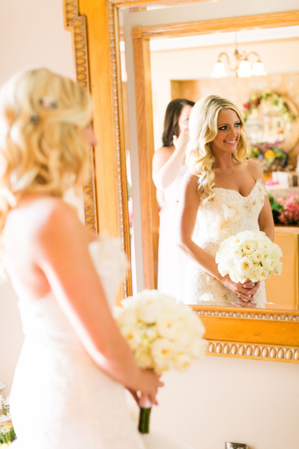 The wedding focused on the colors Gold and Blush for all accents. These two colors create such a lovely compliment to the skin, casting a warm and healthy glow on everyone.