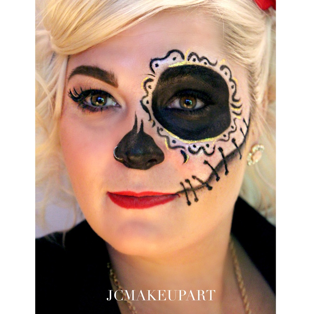 """Another Pinterest request - Ilona was loving this mash up of Modern Pin-up and Sugar Skull. I do love the change of the """"petals"""" around the eye to something more gestural and freeform. Not my design, but she looks great!"""
